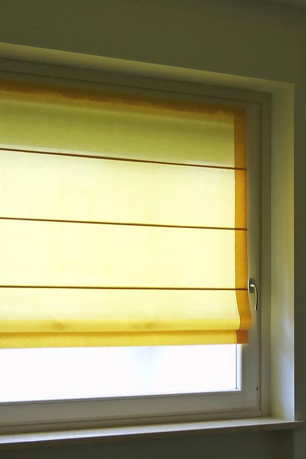 Tende per interni with tende per finestre da interno for Tende per finestre da interno